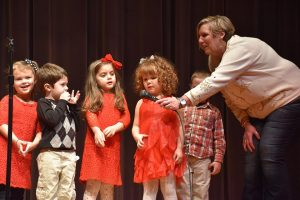 kids at holiday singing show