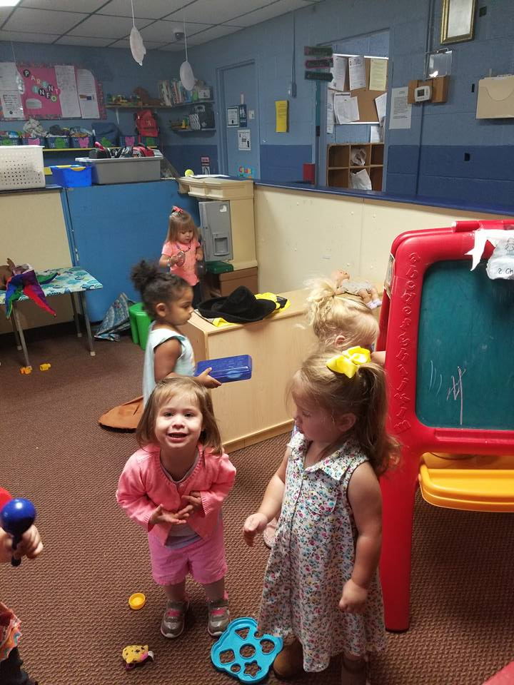 Play At Lil Red Hen Nursery And